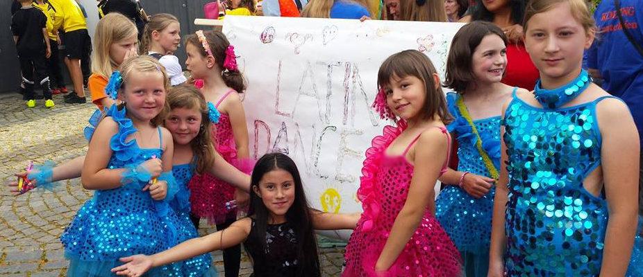latin-dance-volksfestzug